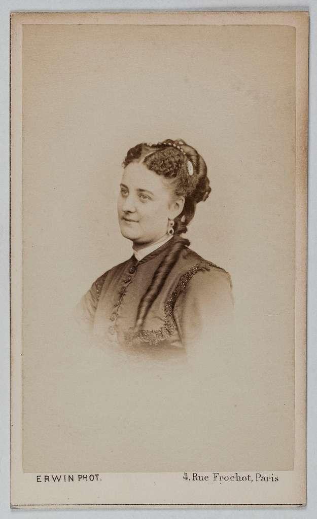 Portrait de Ferraris Marie-Louise, (M. L. Kowinski ou Kowalski), 1844-1922, actrice et chanteuse