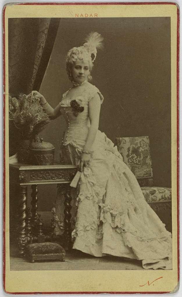 Portrait de Prelly (Aline de Pommayrac, épouse de Presle, épouse C. Detaille, dite), actrice, chanteuse
