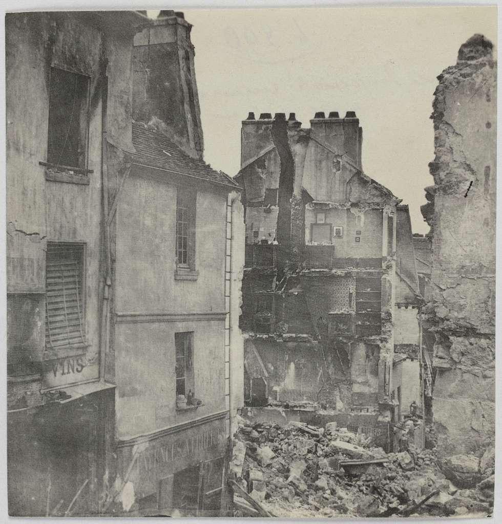 Route impériale, ruines de la maison Napoléon III, angle de la rue Royale, Saint-Cloud.