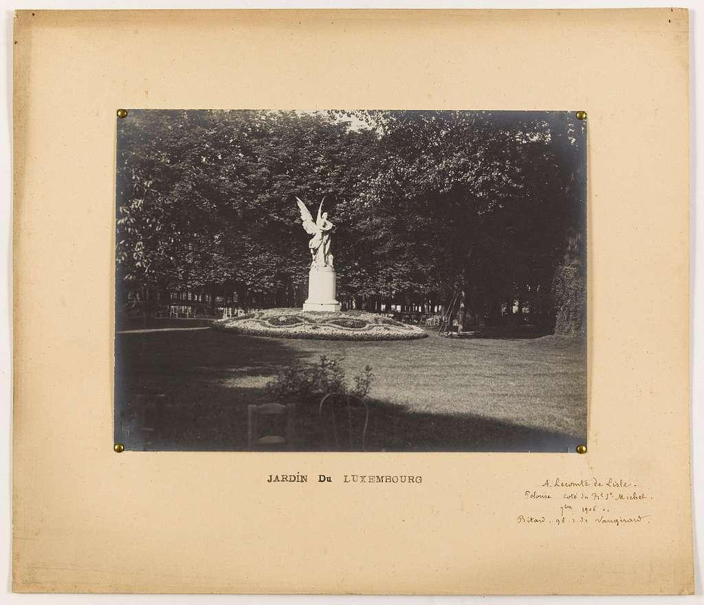 Monument dédié à A. Leconte de Lisle, jardin du Luxembourg, 6ème arrondissement, Paris